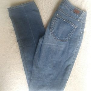 *1/2 PRICED* PAIGE peg straight Jeans